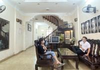 Cho thuê nhà phân lô 4 tầng x 60m2 ngõ 61 Lạc Trung