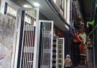 Bán nhà 4,6 tỷ Hào Nam, Ô Chợ Dừa, Đống Đa, DT 35m2x5T ngõ thông ra ngõ 8 Vũ Thạnh, 318 La Thành