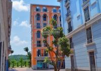 Cần tiền bán gấp khách sạn 7 tầng ngay đối diện khách sạn InterCon Phú Quốc, cách sân bay 5 phút