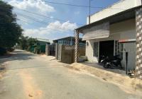 Nhà cổng chào Phú Hội, DT 5x18m, 1 trệt + lửng, đường nhựa 8m, SHR