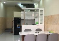 Cho thuê nhà phố Phạm Ngũ Lão, Quận 1, 3PN, đủ nội thất, ban công to, sân thượng lớn
