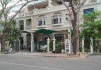 Cần bán nhà phố vườn Mỹ Thái Phú Mỹ Hưng, Quận 7, DT: 140m2 giá bán: 25 tỷ. LH: 0912264368