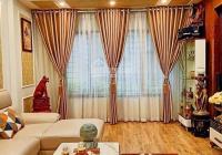 Cần bán gấp nhà 40m2, 3 tầng phố Kim Mã, Ba Đình, đủ công năng, cách phố 30m