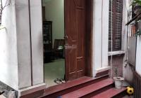 Cho thuê nhà phố Phan Kế Bính, DT 55m2 x 4,5T, đủ TN, 4PN, cách phố 30m. Giá: 13 tr/tháng