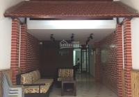 Cho thuê nhà mặt phố Gia Ngư, Hoàn Kiếm diện tích 80m2 x 4 tầng, mặt tiền 4m, KD tốt, giá 28tr/th