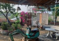 Bán nhà vườn 1711m2 ngay DT 826C, có sẵn ao cá, vườn cây, bồ câu, nhà ở, xe hơi vào tới nhà