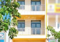 Cho thuê nhà ngang 5m, 6PN, 6WC, mặt tiền Nguyễn Duy Trinh. Giá: 30tr/th - 0972668842