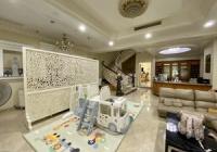 Bán biệt thự khu Hồng Long - Ngay sân bay P2, Tân Bình, DT: 10 x 17m, 3 tầng. Giá 41.5 tỷ TL