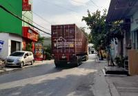 Mặt tiền xe container chạy tránh nhau - kinh doanh hay làm kho xưởng gì cũng tốt