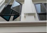 Bán nhà, DT 35m2 * 5T, xây mới, ngõ 76 Vĩnh Hưng, cạnh trường cấp 1 Vĩnh Hưng, ô tô cách 15m
