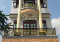 Cho thuê nhà đường Tôn Thất Tùng, Q1, DT: 8 x 20m, 2 lầu, giá 50tr. LH: 0939386352 Nguyên