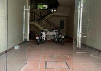 Nhà Nguyễn Khoái gần viện 108, 105m2 x 4 tầng, 33 tr/th