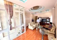 Nhà riêng đẹp nhất Trung Kính đôi DT 75m2 x 5 tầng, giá 21tr/th, đủ đồ, ô tô để trong nhà