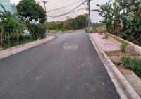 Bán lô đất cách 10m ra đường trải nhựa ô tô tránh nhau, lưu không 8m vuông, đường ô tô vào