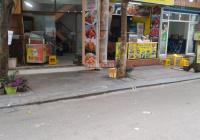 Cho thuê cửa hàng 20m2 tại Nghĩa Tân tiện kinh doanh, 8 triệu/th