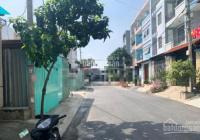 Cho thuê nhà nguyên căn mặt tiền đường P7 Q8 5PN 3WC DT 5x20m, 17tr thương lượng