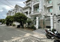 Cho thuê siêu biệt thự đường Nơ Trang Long 8x18m trệt 3 lầu có gara oto