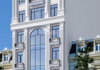 Bán gấp tòa nhà cạnh Đại Sứ Quán Mỹ tại phố Trần Thái Tông, DT 142m2, MT 7.8m. LH 0947106169