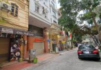 Cho thuê nhà nguyên căn phố Nguyễn Đình Hoàn, DT 60m2 x 5T, MT 5m, giá 22tr/th LH: 0983109791