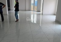 Văn phòng mặt tiền Lương Định Của, DT 220m2 sàn thông suốt. 60tr/tháng