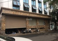 Cho thuê tòa nhà mặt phố tại Thái Thịnh, Đống Đa. DT: 137m2 * 7 Tầng + 1 hầm, MT: 18 m