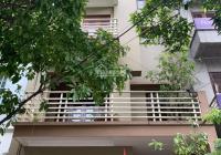 Cho thuê nhà phố Quang Trung, Hà Đông Dt 40m2, 5,5 tầng, mặt tiền 4,5m thông sàn giá 10tr