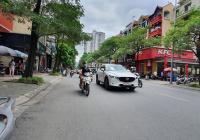 Cho thuê nhà MP Trung Hòa. DT 200m2 * 4T, MT 15m giá 155,827 triệu/tháng