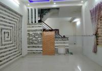 Bán nhà sổ riêng 5.5 x 14m. Đường nhựa 6m