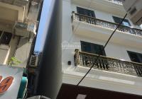 Bán nhà siêu hiếm MP Huế Hai Bà Trưng DT 80m2, MT 4.3m đoạn đẹp vỉa hè rộng nhà k lỗi gì 0965464771
