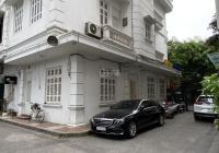 Cho thuê nhà MP Sơn Tây: 80m2 x 5 tầng, MT 6m, nhà mới, lô góc 3 mặt thoáng, vỉa hè rộng 0974557067