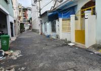 Nhà hẻm xe tải Nguyễn Xuân Khoát 4x12.5m, 1 trệt 1 gác, có giếng trời giá tốt