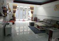 Phá sản bán gấp nhà Lê Văn Việt, Q9, 77m2, SHR, HXH, gần bệnh viện, LH thu 0842822736