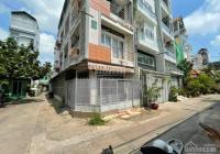 Hot! Bán nhà Quận 5, Trần Bình Trọng có sân đậu ô tô ngay nhà 5.2 tỷ