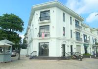 Cho thuê nhà shophouse căn góc Nguyễn Chánh DT 200m2 MT 20m 4T nhà hàng bar pub thang máy giá 160tr