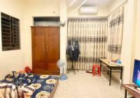 Cho thuê nhà khu Vân Hồ DT 30m2 x 5 tầng, 3 phòng ngủ, đủ đồ, ở ngay. Giá thuê 10tr/tháng