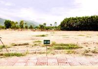 Cần ra nhanh lô đất 180m2, đối diện UBND, ngay nút giao cao tốc, thấp hơn 8% với giá gốc