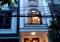 Nhà riêng phố Hoàng Sâm, 45m2, 5 tầng, chia 2 phòng, ô tô đỗ cửa, cho thuê 18 tr/th LH: 0979688683