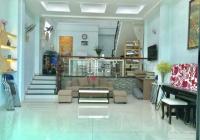 Bán nhà 4 tầng, giá 7,9 tỷ, đường Nguyễn Duy Trinh rẻ vào, quận 2. LH: 0902126677