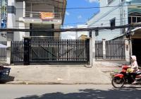 Cho thuê tòa nhà mặt tiền Lã Xuân Oai, Quận 9
