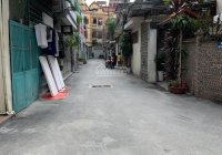 Cho thuê nguyên căn nhà số 5 ngõ 497 đường Nguyễn Trãi, phường Thanh Xuân Nam, 60m2, 3 tầng
