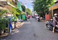 Bán - căn nhà mặt tiền Chợ Linh Trung - Thủ Đức - 4 Lầu - 4 PN - giá bán 11 tỷ