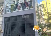 Nhà hiếm ngay BV Đa Khoa TĐ, đường lớn 8m gần chợ, trường học DT 55.9m2, giá 5,1 tỷ, LH 0977329458