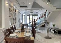Biệt thự mini sân vườn DT:6x15, giá chỉ bằng căn nhà hẻm Hoc Môn, Kẹt tài chính , chủ cần bán gấp.