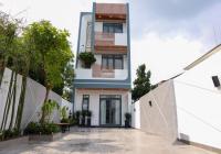 Nhà full NT, thiết kế cực sang chảnh, mặt tiền nhựa 7m, thông sân đậu 2 xe ô tô, DT 5x25m, TC 60m2