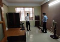 Cho thuê nhà mặt phố Nguyễn Đình Hoàn, phường Nghĩa Đô, 60m2*5 tầng, MT 5m, có điều hòa, nóng lạnh