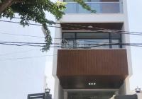 Cho thuê nhà mặt tiền Đồng Văn Cống 1 hầm, 1 trệt, 3 lầu 300m2 giá chỉ 30tr/tháng. LH 08999049984