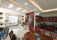 Bán gấp! Nhà mặt phố Cự Lộc - lô góc 58m2*5 tầng - giá hơn 9 tỷ - kinh doanh tốt