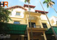 Cho thuê nhà 4 phòng ngủ có sân vườn nhỏ, đầy đủ nội thất tại Nghi Tàm