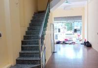 Cho thuê nhà mặt phố Vũ Tông Phan, DT 64m2, chính chủ, KD thắng 100%