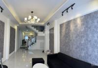 Dịch Covid - 19 bán nhà Lê Hồng Phong, quận 10 - xe hơi vào nhà - 50m2 giá chỉ 10 tỷ trệt 2 lầu ST